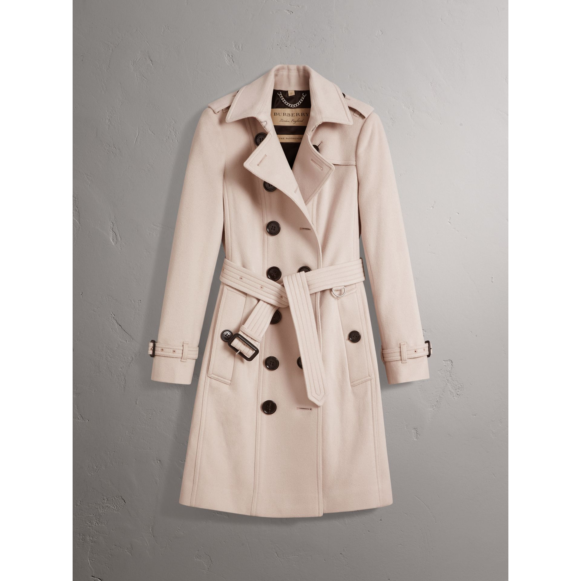 Sandringham Fit Cashmere Trench Coat in Pale Nude - Women | Burberry United Kingdom - gallery image 4