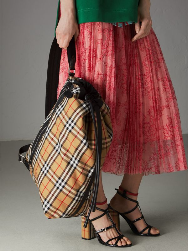 Medium Vintage Check Cotton Duffle Bag in Antique Yellow | Burberry Australia - cell image 2
