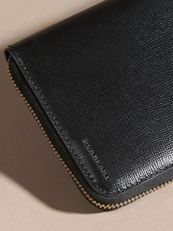 Black London Leather Ziparound Wallet Black - cell image 3