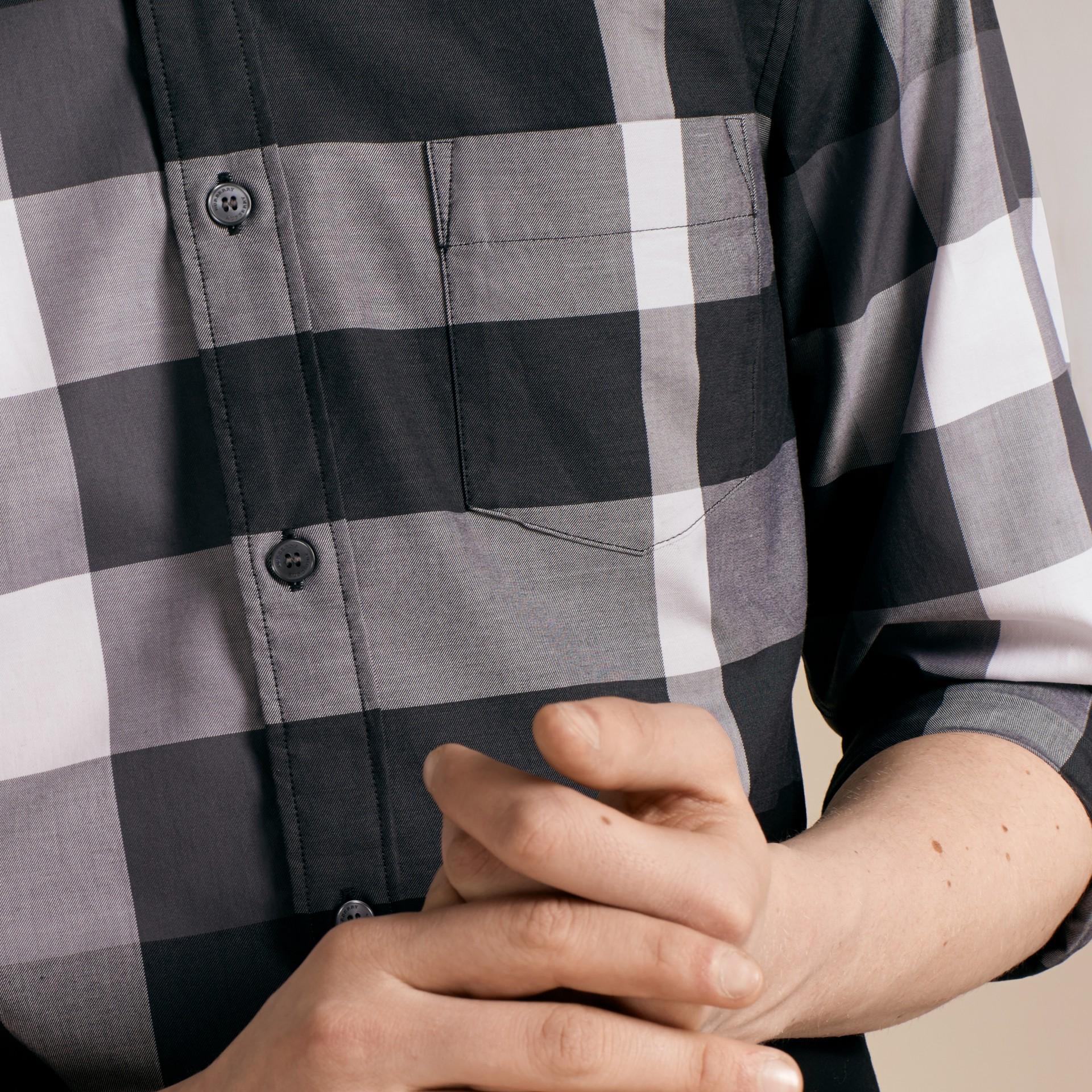 Nero Camicia in cotone con motivo check Nero - immagine della galleria 5