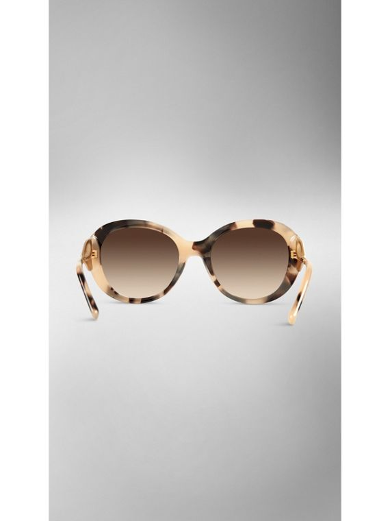 Gabardine Collection Oversize Round Frame Sunglasses in Mid Tone Horn - cell image 2