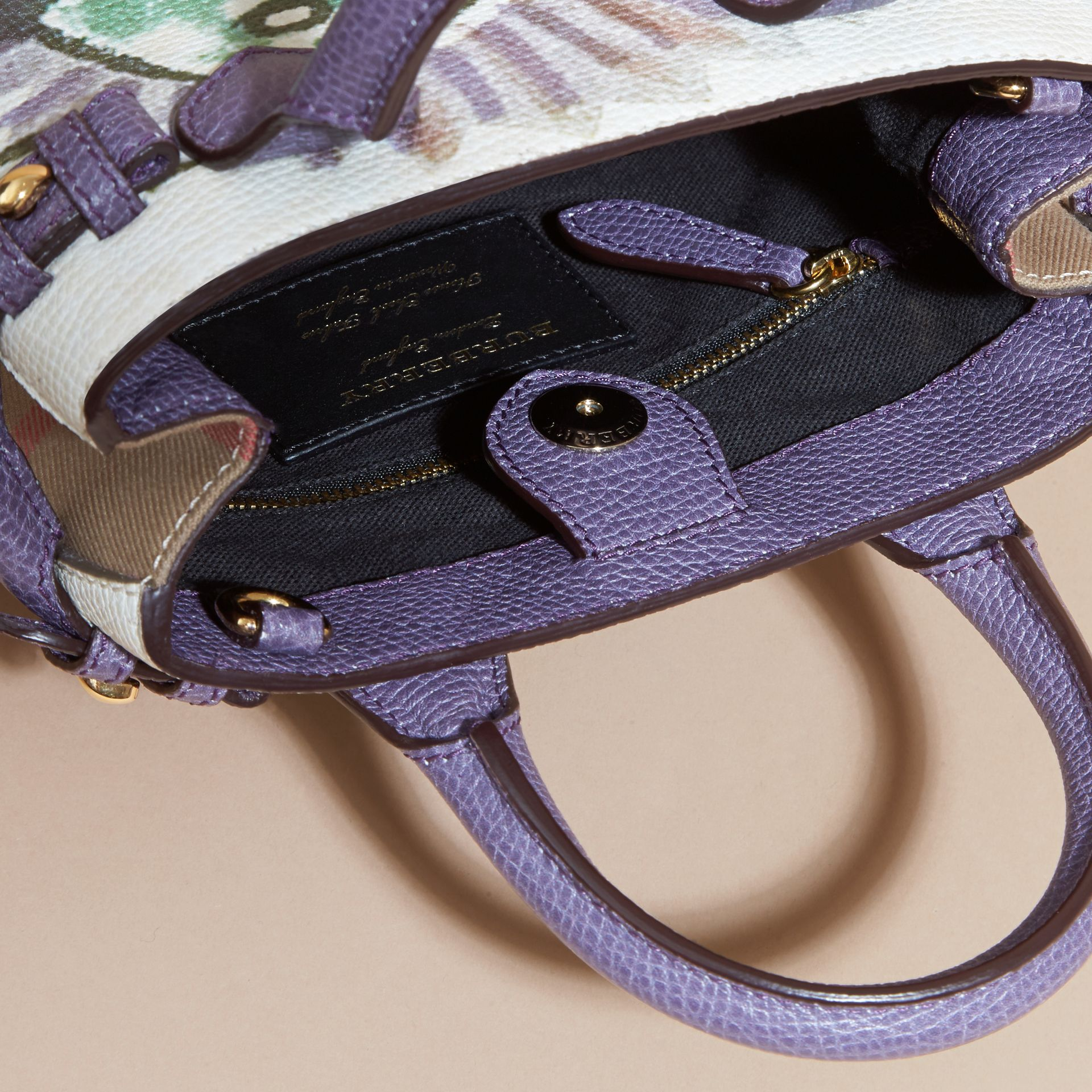 The Baby Banner in Leather with Pallas Heads Print Dusty Violet - gallery image 5