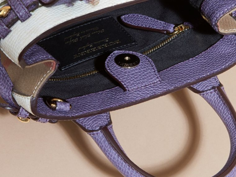 The Baby Banner in Leather with Pallas Heads Print Dusty Violet - cell image 4