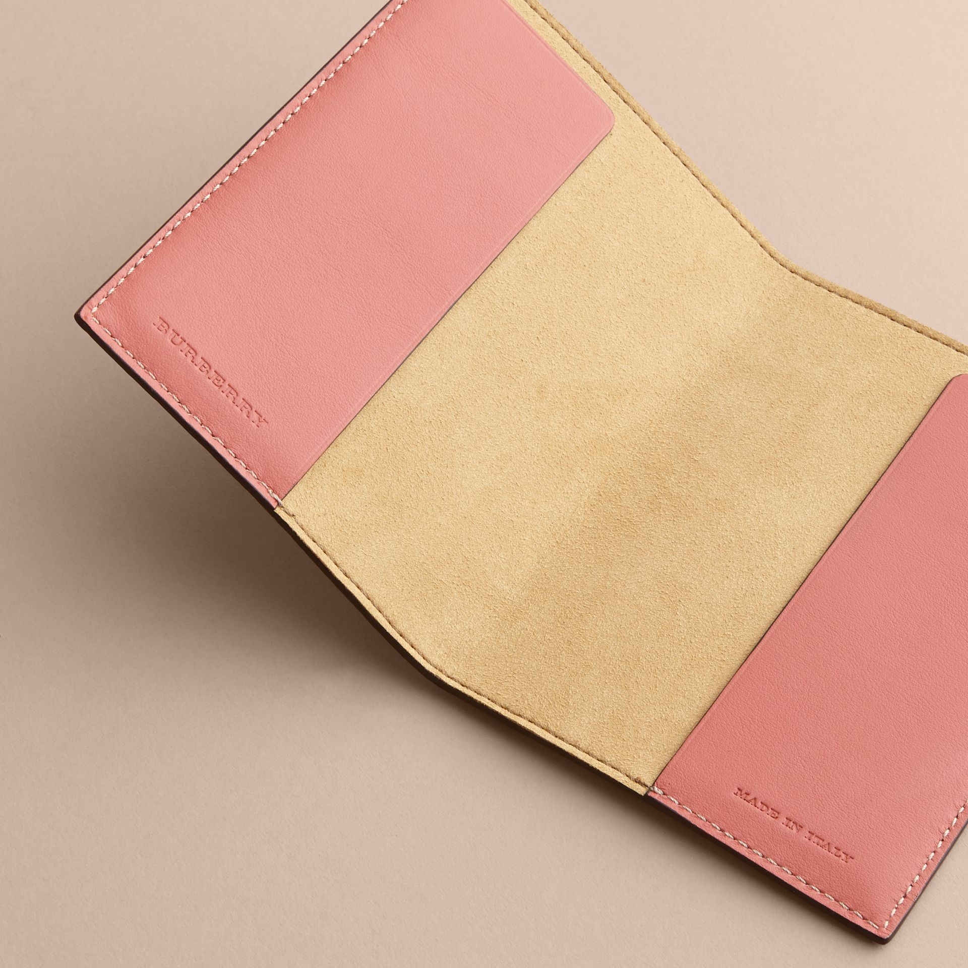 Peony Rose Print Leather Passport Cover in Natural / Emerald Green | Burberry - gallery image 4