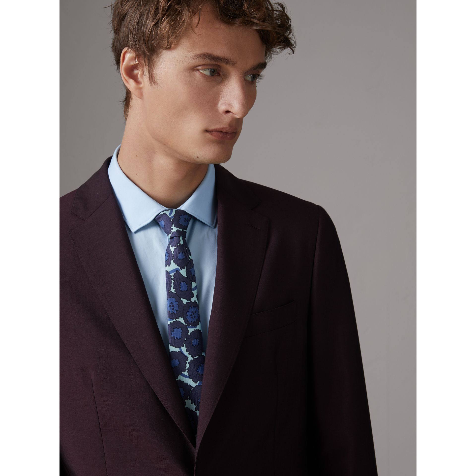 Slim Cut Abstract Floral Print Silk Tie in Indigo Blue - Men | Burberry Singapore - gallery image 2