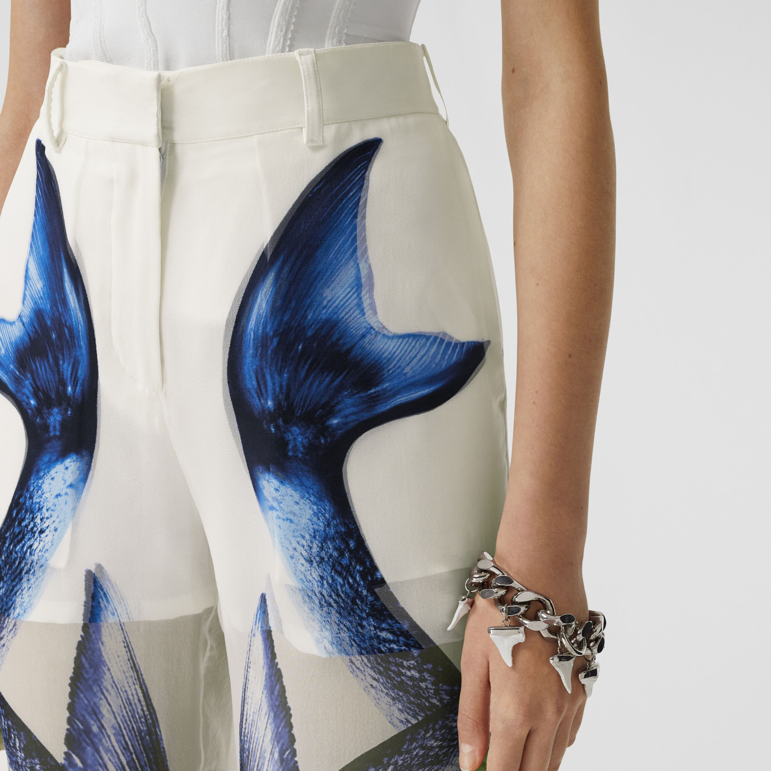 Mermaid Tail Print Chiffon Overlay Silk Shorts in White - Women | Burberry United Kingdom - 2