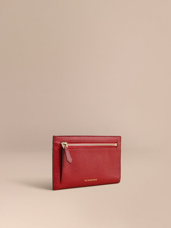 Porte-documents de voyage en cuir grainé (Rouge Parade) - Femme | Burberry