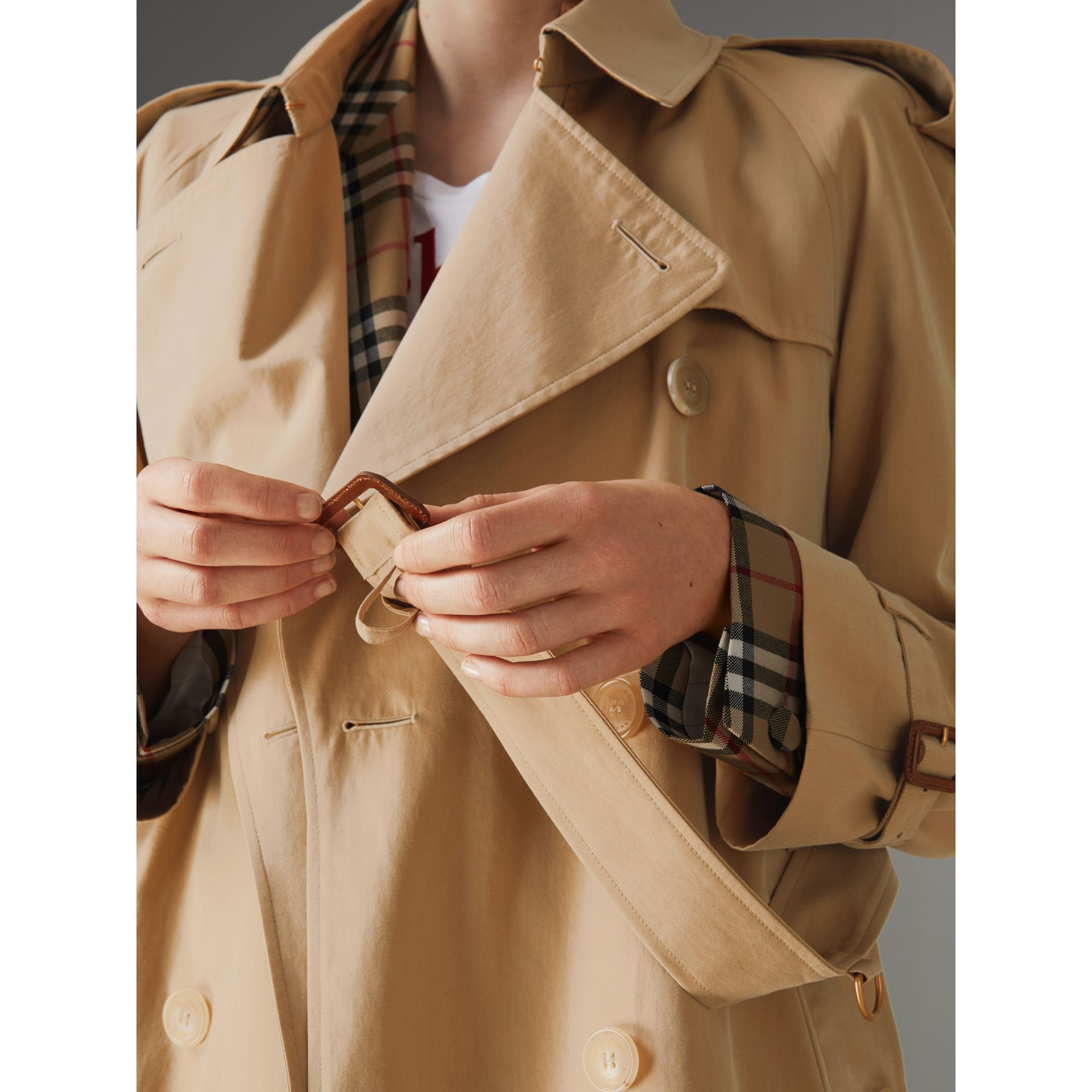 The Westminster Heritage Trench Coat in Honey - Women | Burberry - gallery image 6