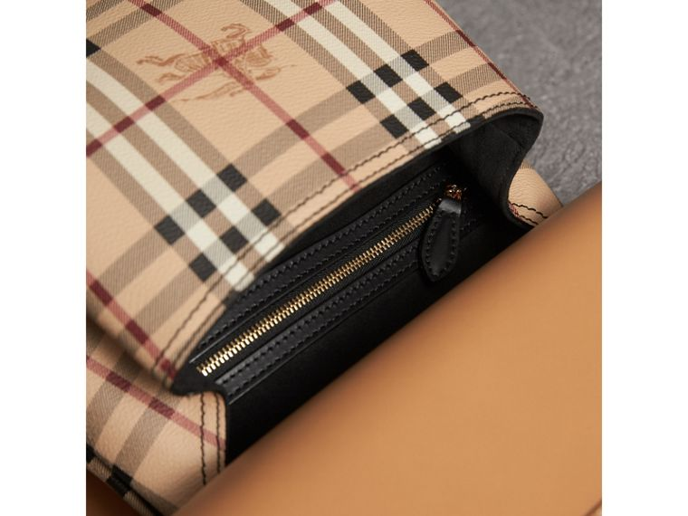 "The Bridle Bag aus Leder mit ""Fruit and Flowers""-Motiv und Ziernieten (Helles Clementinenfarben) - Damen 