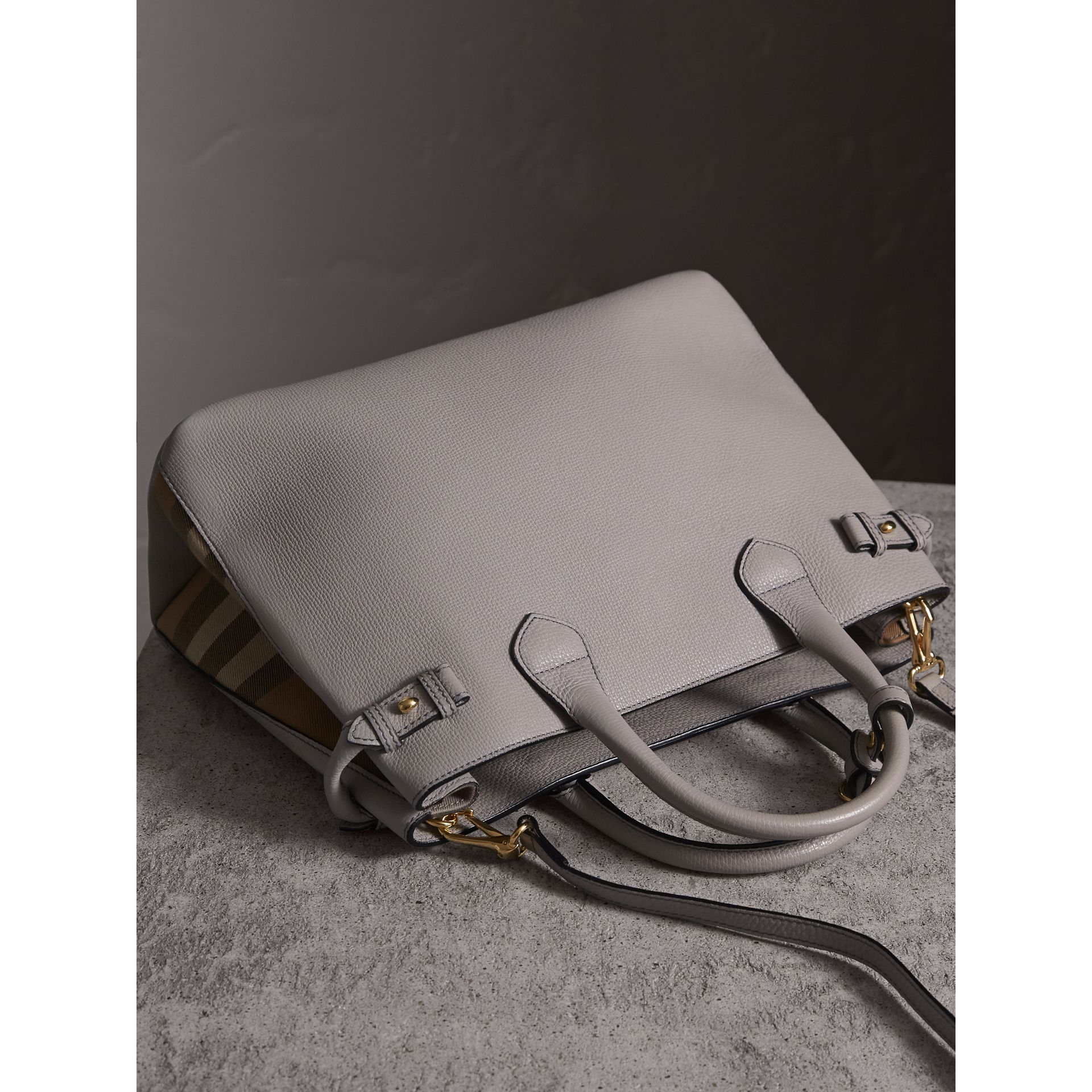 The Medium Banner in Leather and House Check in Light Grey Melange - gallery image 4