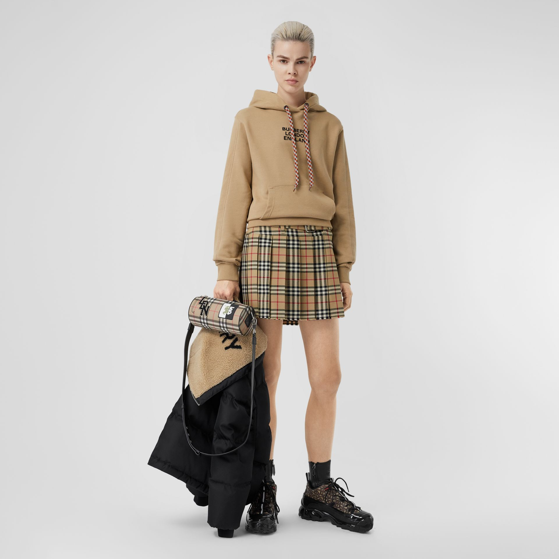 Vintage Check Wool Twill Kilt in Archive Beige | Burberry Singapore - gallery image 4