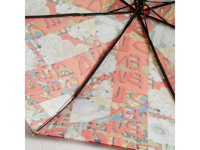 Graffiti Archive Scarf Print Folding Umbrella in Multicolour | Burberry - cell image 1