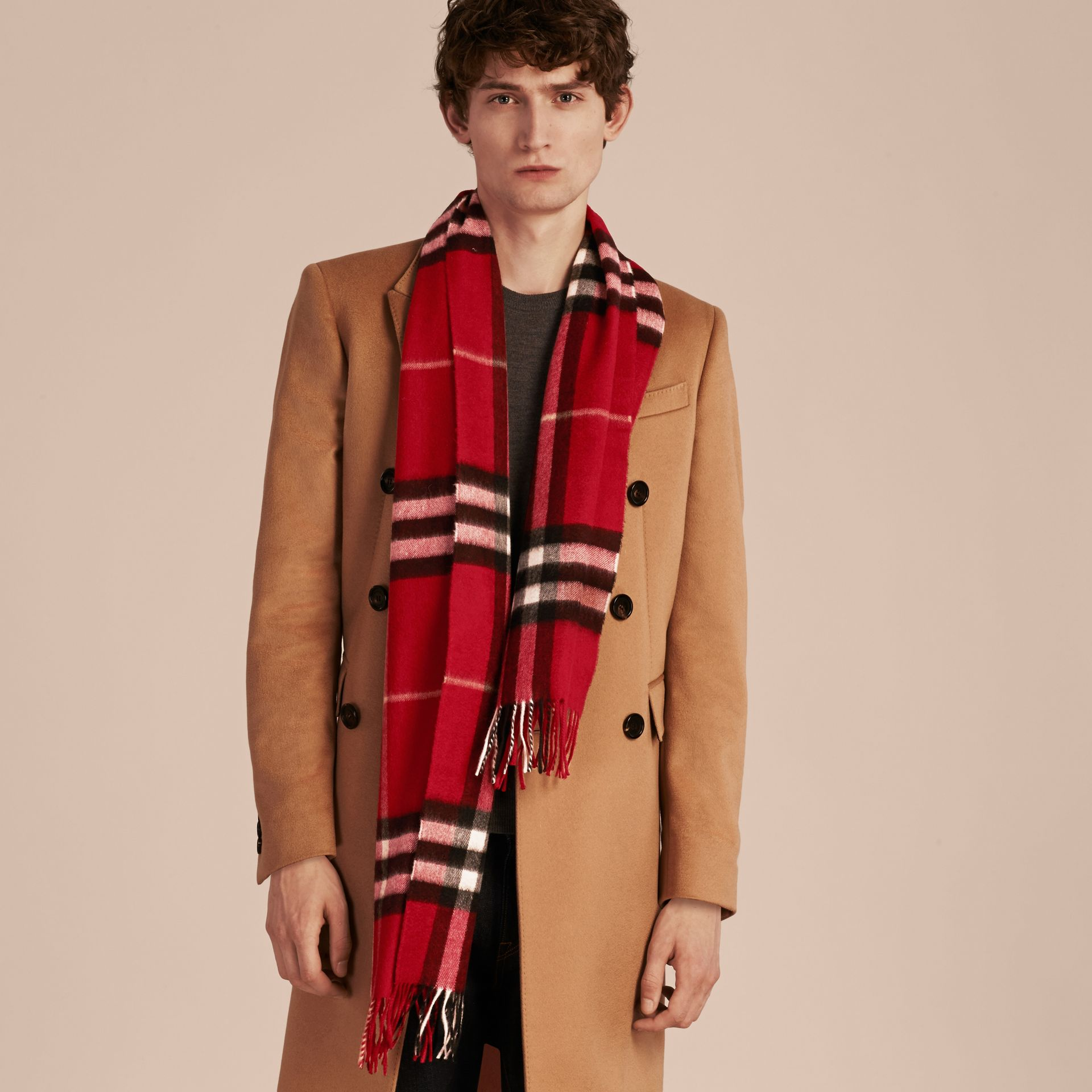 The Classic Check Cashmere Scarf in Parade Red | Burberry Australia - gallery image 4
