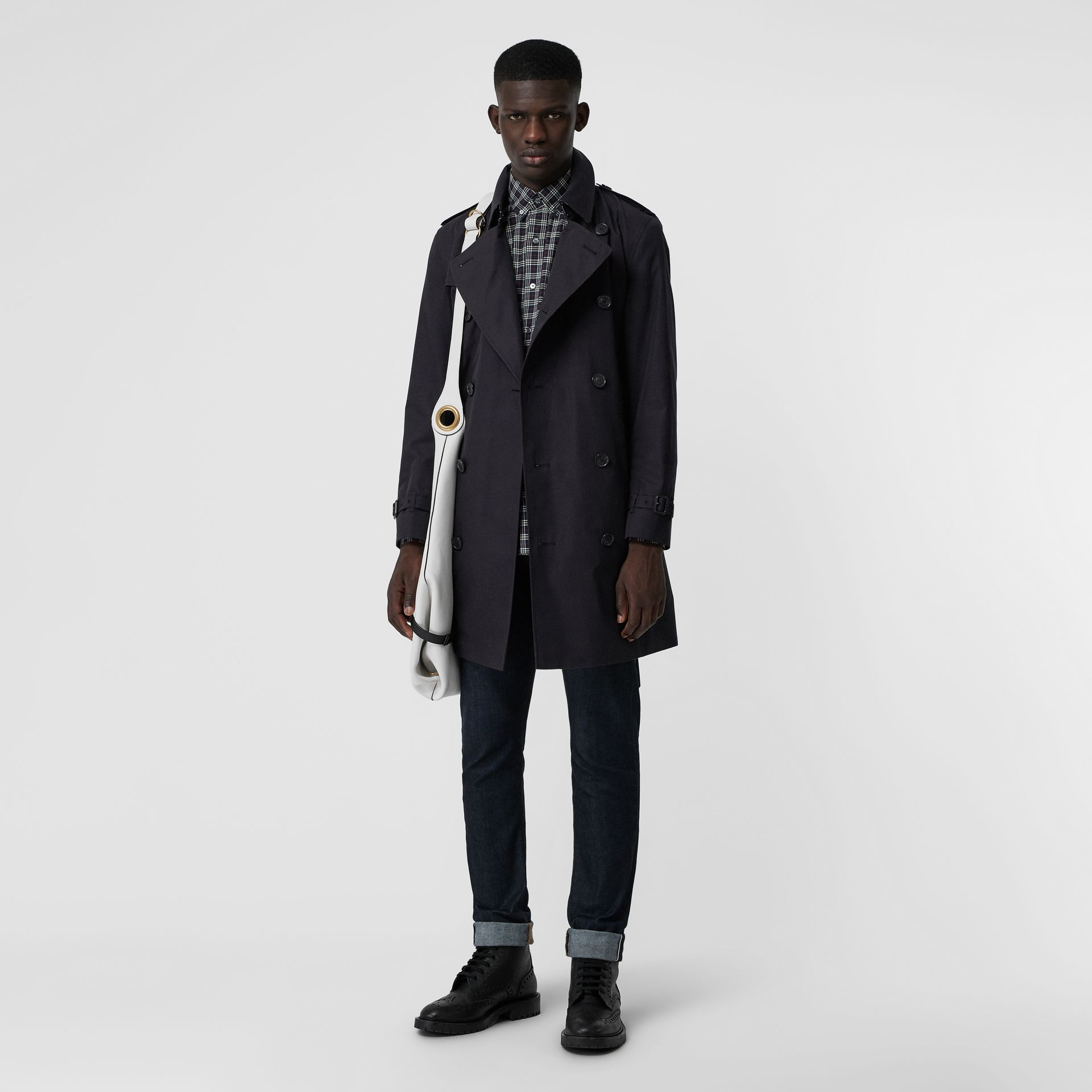 Archive Logo-lined Cotton Gabardine Trench Coat in Midnight - Men | Burberry Canada - gallery image 0