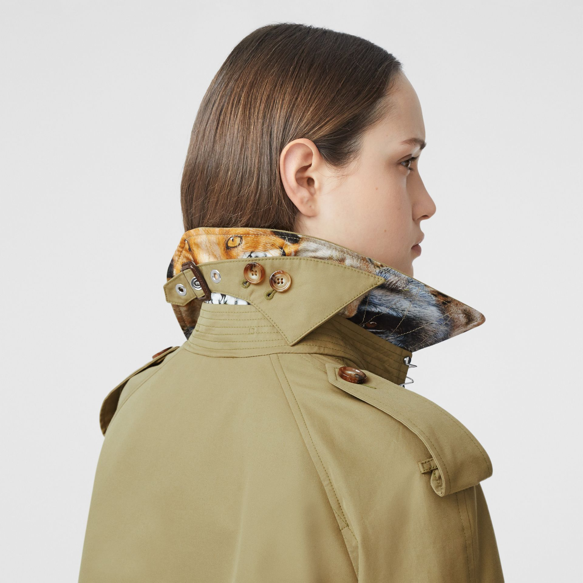 Animalia Print-lined Cotton Gabardine Trench Coat in Rich Olive - Women | Burberry - gallery image 9