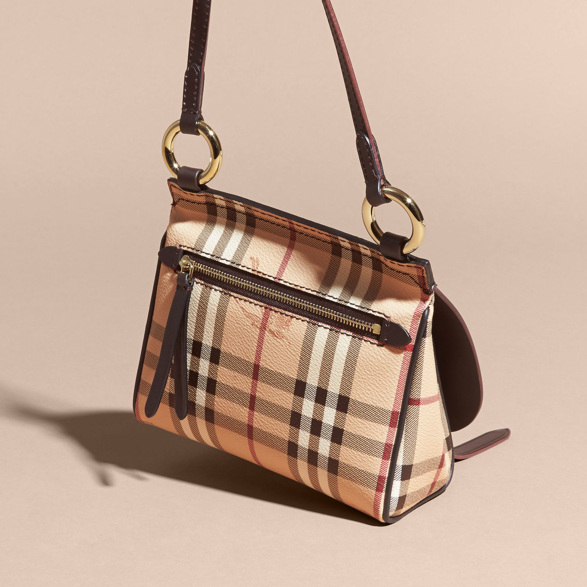 Sac The Baby Bridle en cuir et tissu Haymarket check (Marron Girofle Sombre) - Femme | Burberry - photo de la galerie 4