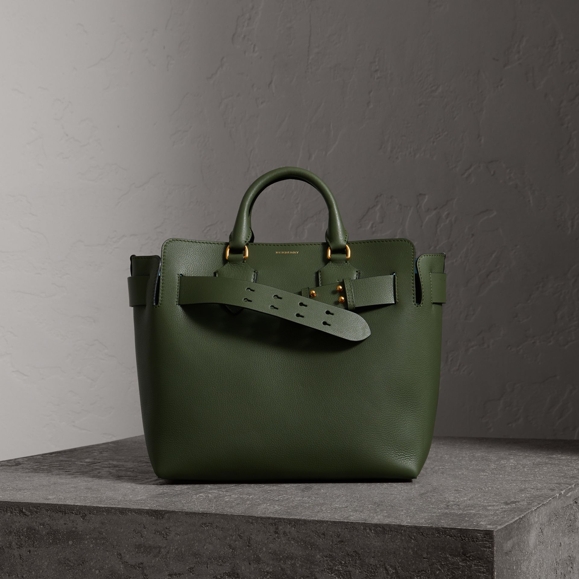 ad84a1ab3546 The Medium Leather Belt Bag In Sage Green Women Burberry United ...
