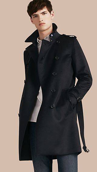 Trench coat in cashmere con finiture in pelle