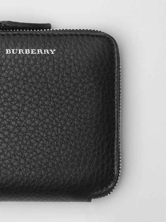 Grainy Leather Square Ziparound Wallet in Black - Women | Burberry United Kingdom - cell image 1