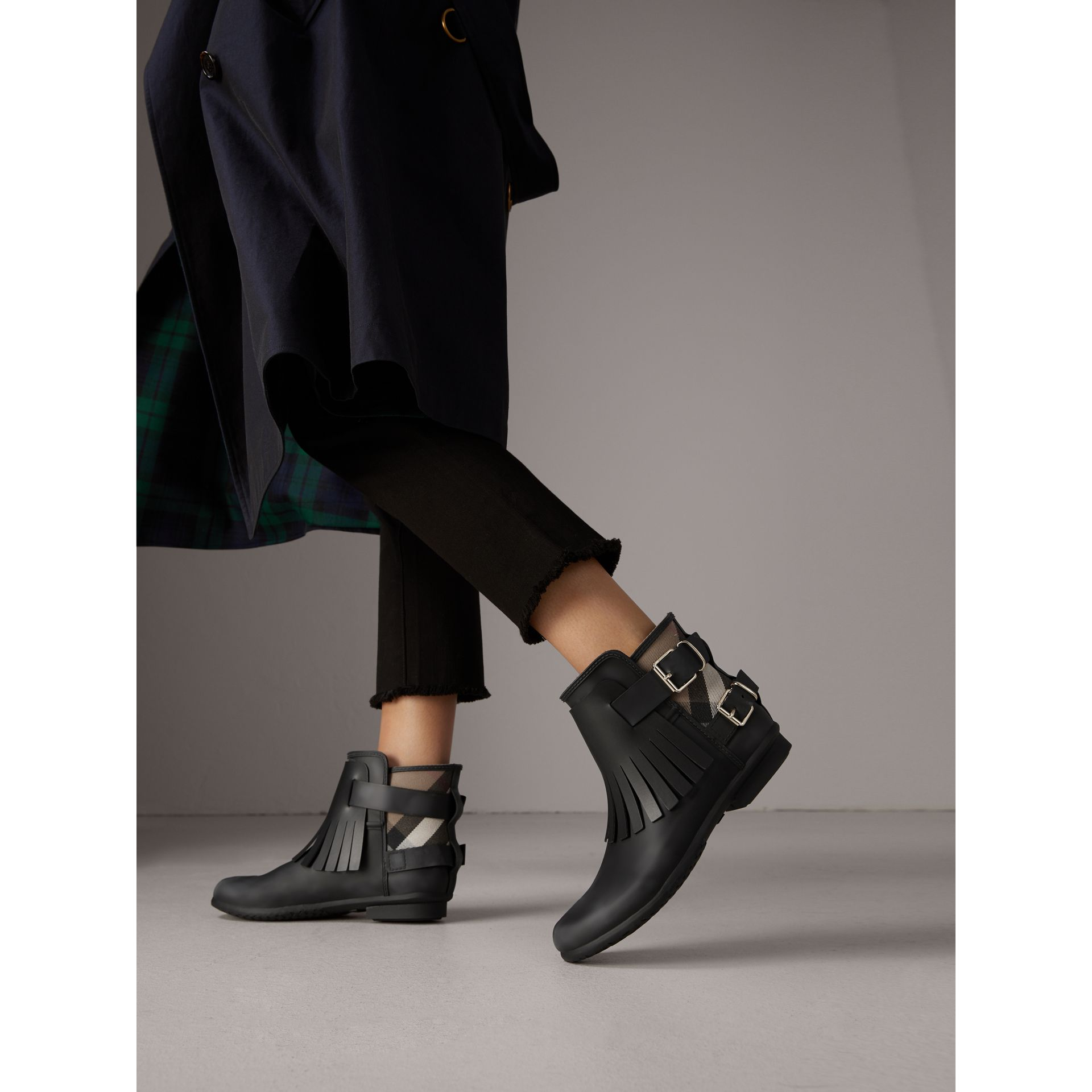House Check and Fringed Rubber Rain Boots in Black - Women | Burberry - gallery image 3