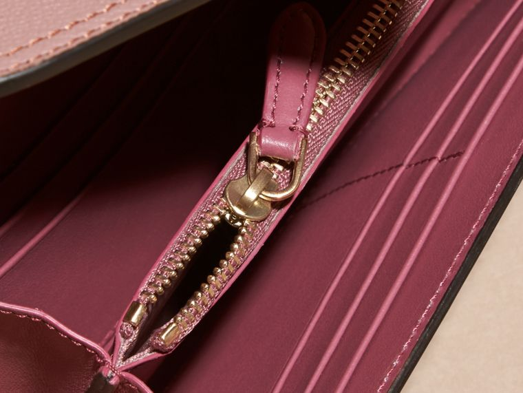 Dusty pink Textured Leather Continental Wallet Dusty Pink - cell image 4