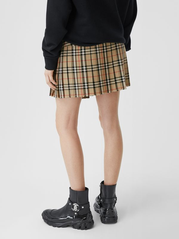 Vintage Check Wool Kilt in Archive Beige - Women | Burberry United Kingdom - cell image 2
