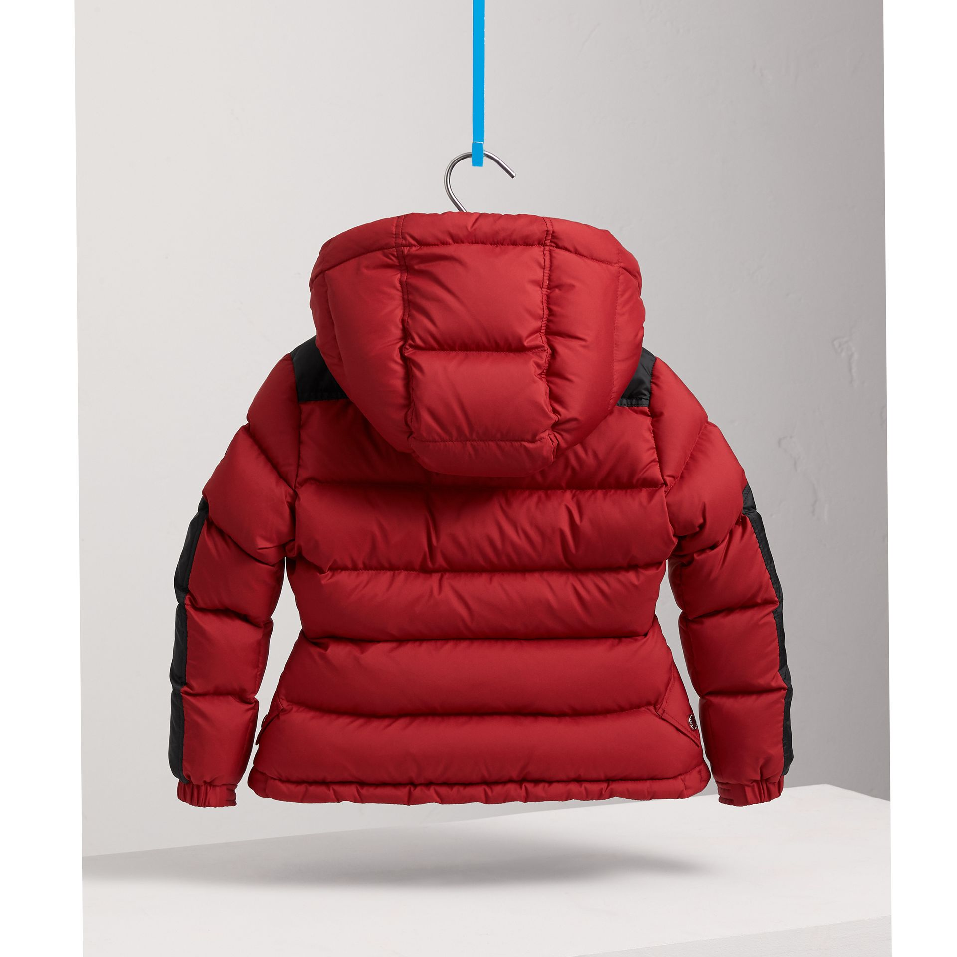 Detachable Hood Two-tone Puffer Coat in Parade Red - Girl | Burberry - gallery image 4