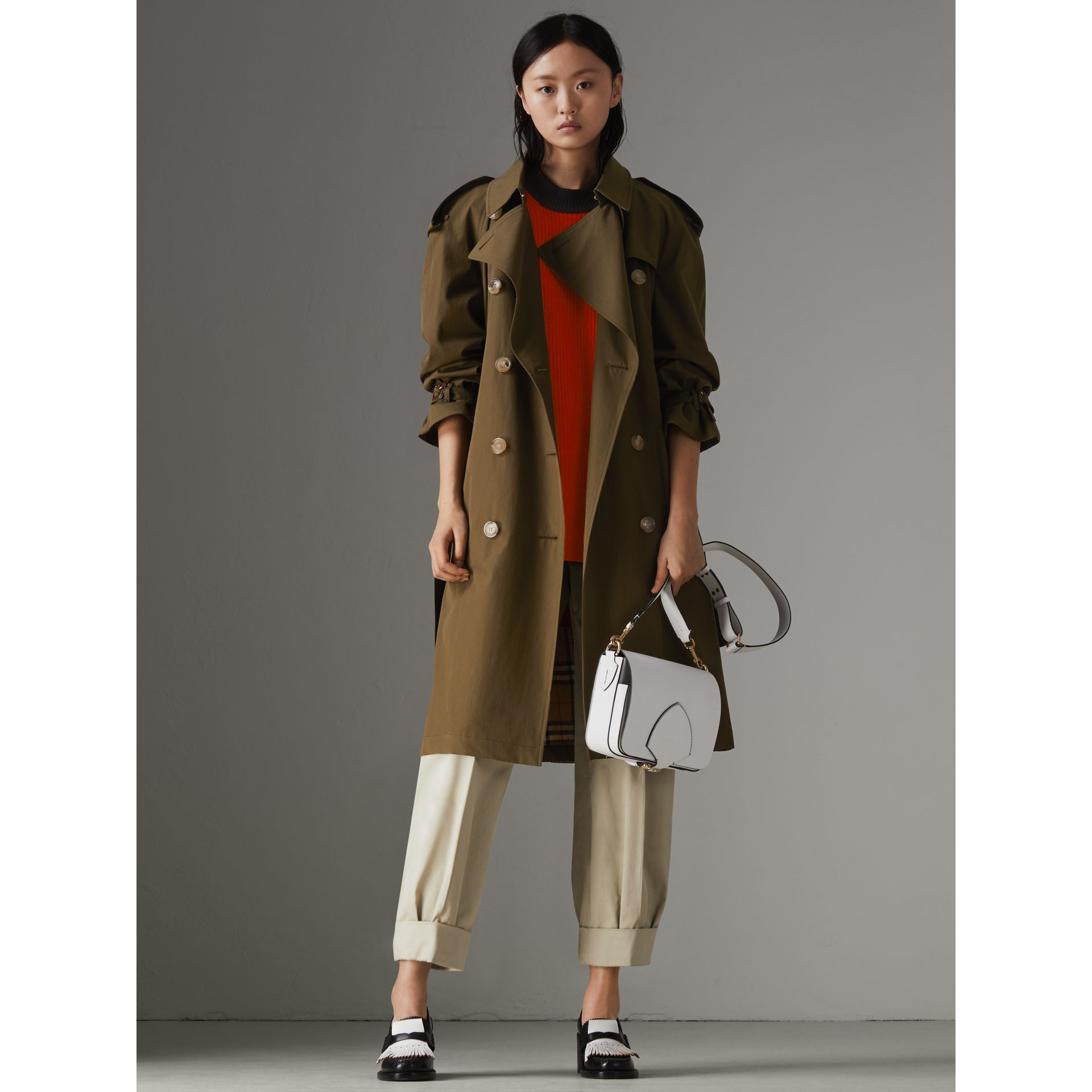 The Westminster Heritage Trench Coat in Dark Military Khaki - Women | Burberry Singapore - gallery image 7