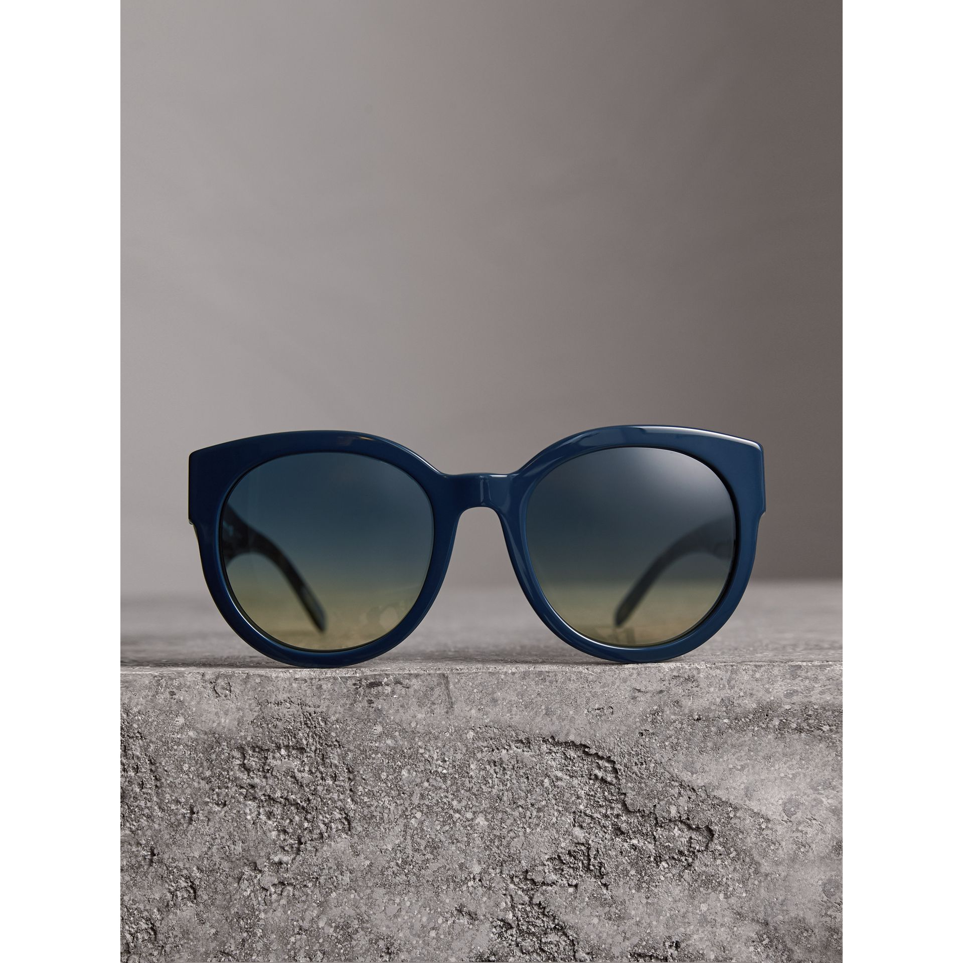Round Frame Sunglasses in Navy - Women | Burberry - gallery image 3
