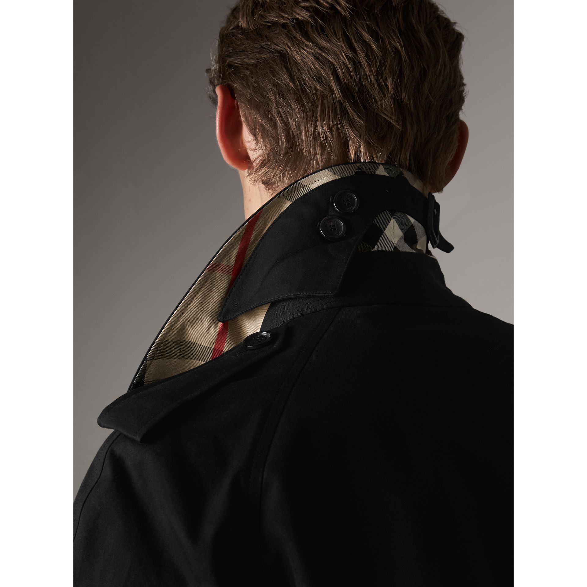The Westminster – Extra-long Heritage Trench Coat in Black - Men | Burberry - gallery image 5