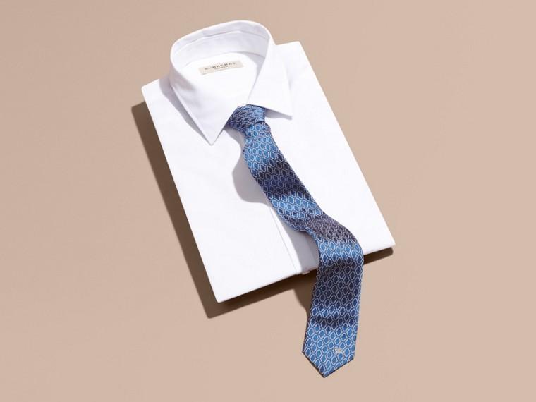 Blu ortensia Cravatta dal taglio sottile in seta jacquard con motivo geometrico Blu Ortensia - cell image 2
