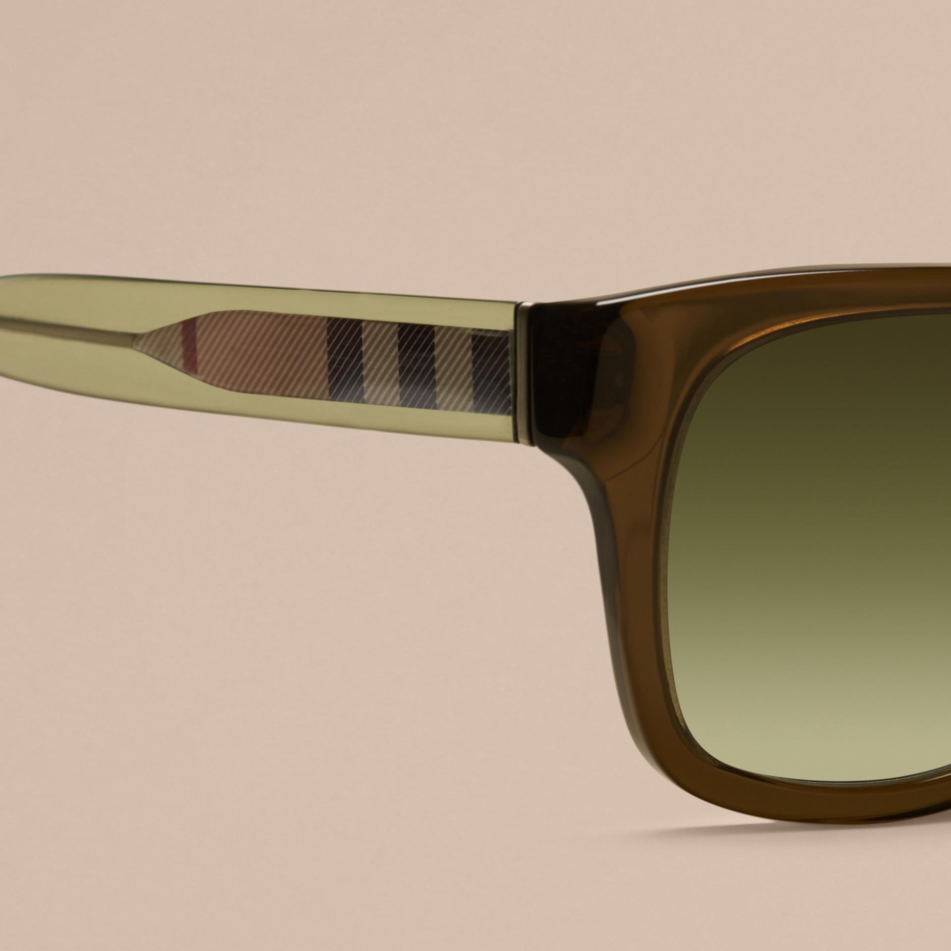 Verde oliva Óculos de sol com armação quadrada e detalhe xadrez Verde Oliva - galeria de imagens 2
