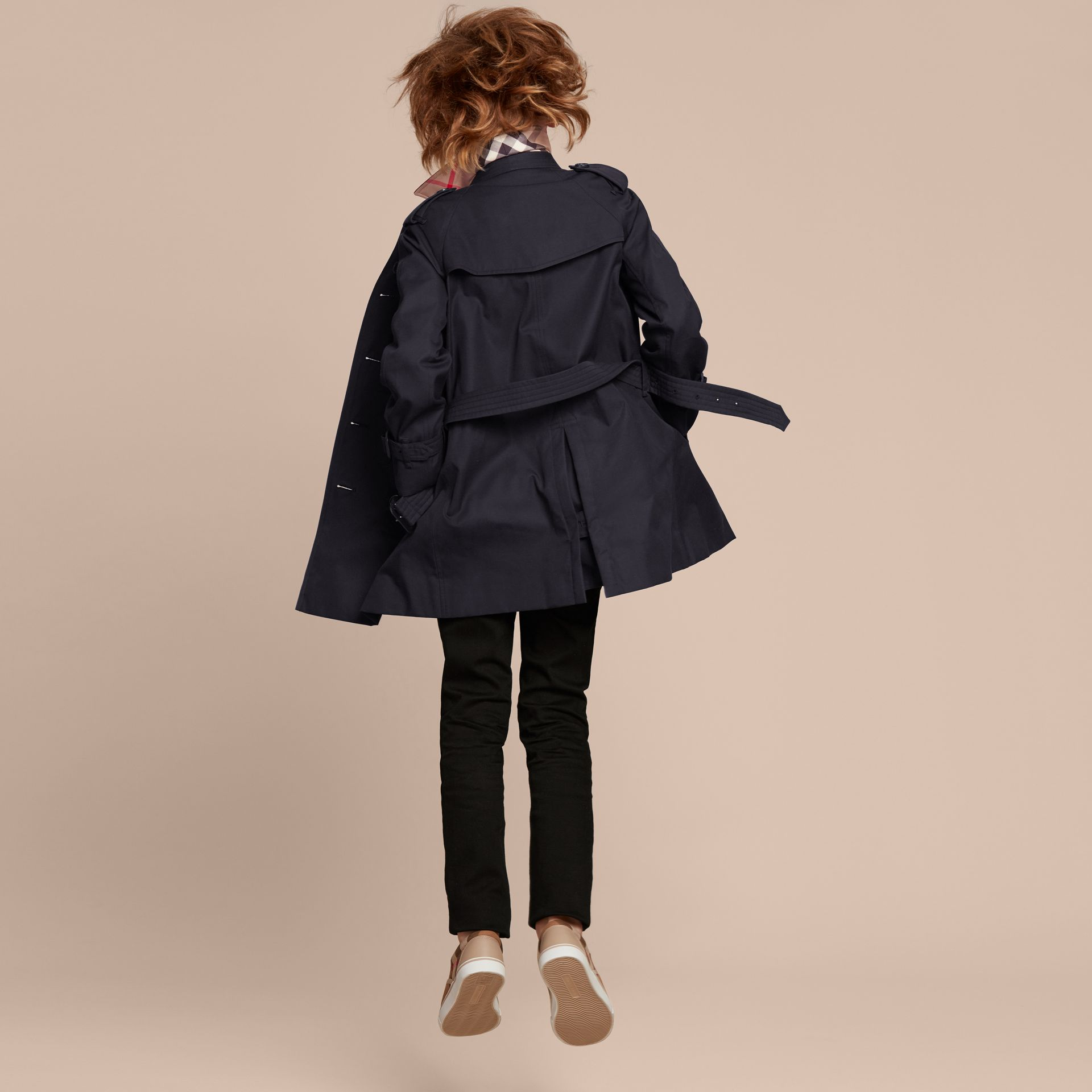 The Wiltshire – Heritage Trench Coat in Navy - gallery image 4