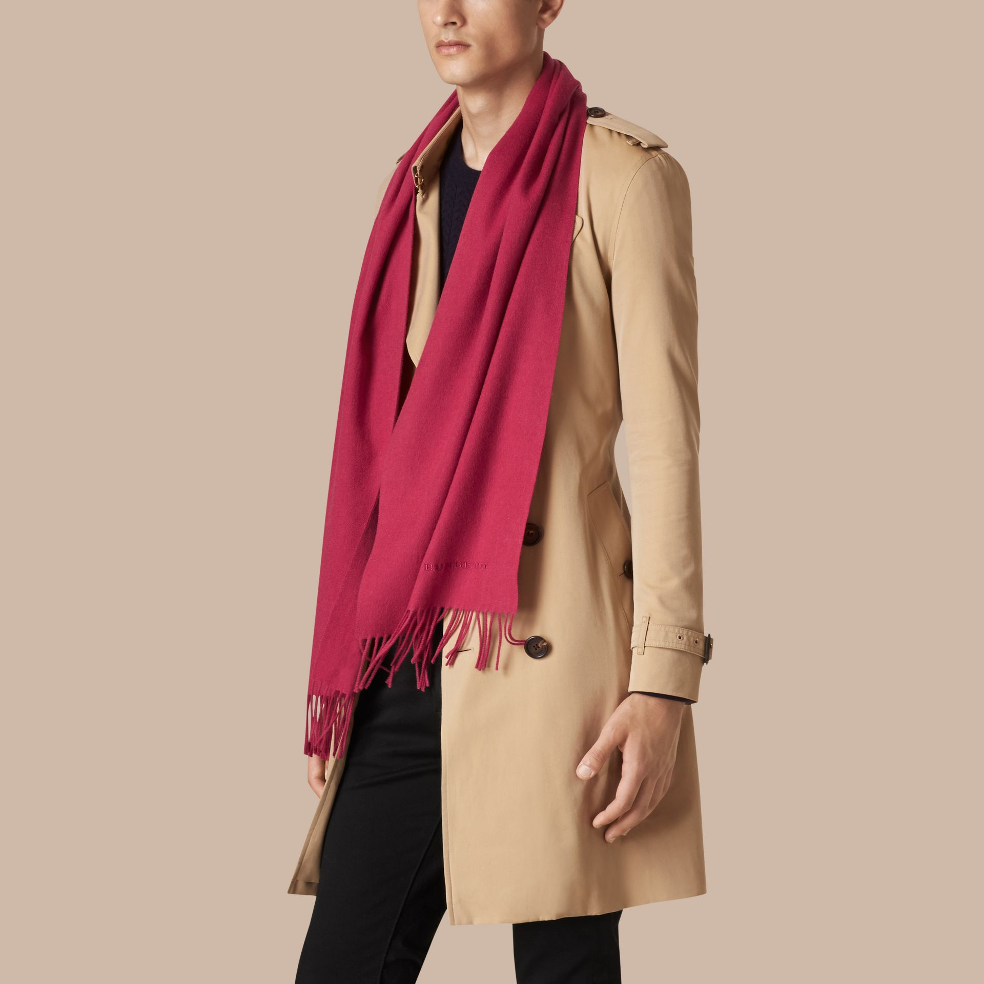Fuchsia pink The Classic Cashmere Scarf Fuchsia Pink - gallery image 4