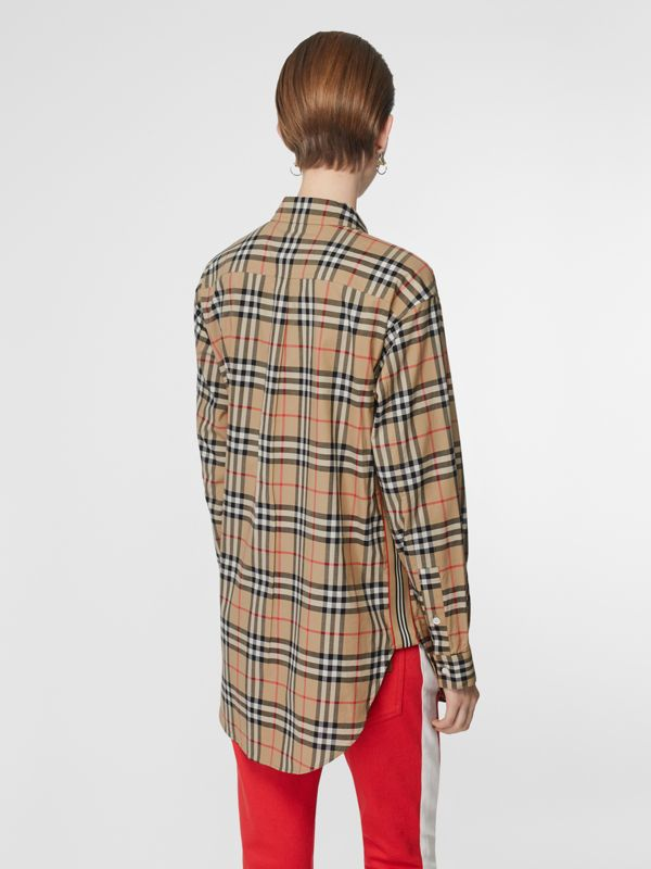 Button-down Collar Vintage Check Oversized Shirt in Archive Beige - Women | Burberry United Kingdom - cell image 2
