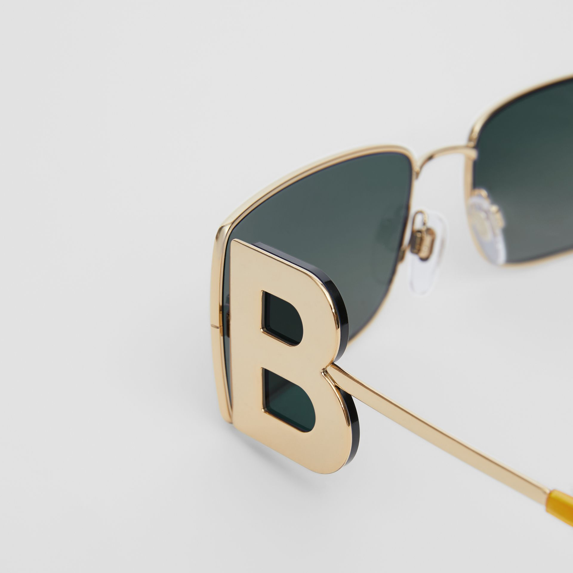 'B' Lens Detail Rectangular Frame Sunglasses in Tortoiseshell | Burberry United Kingdom - gallery image 1