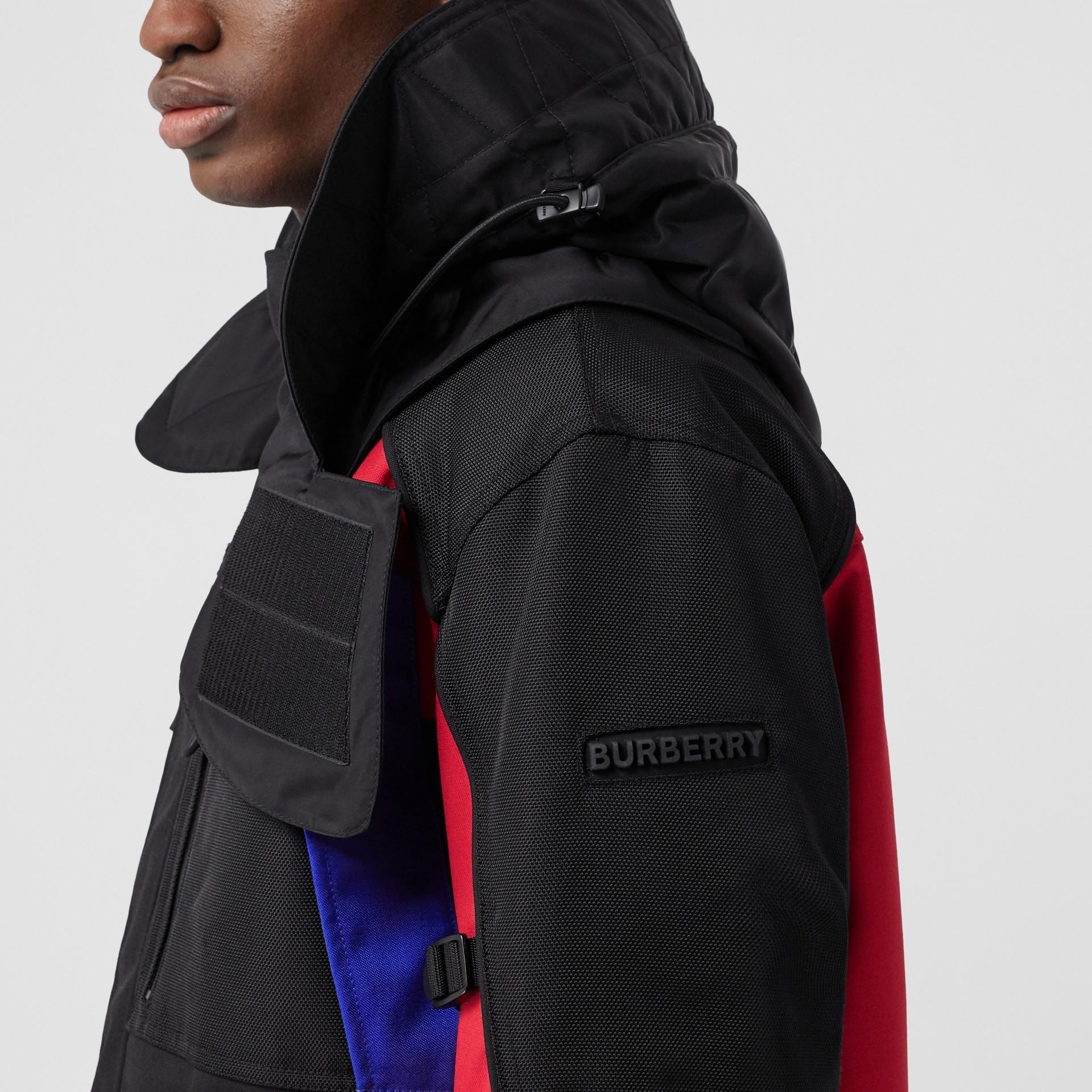Нейлоновая куртка со съемной подкладкой в виде пуховой куртки (Черный) - Для мужчин | Burberry - изображение 4