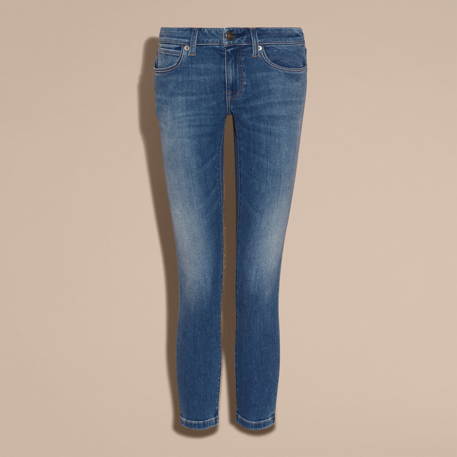 Skinny Fit Low-rise Cropped Jeans in Mid Indigo - Women | Burberry - gallery image 4