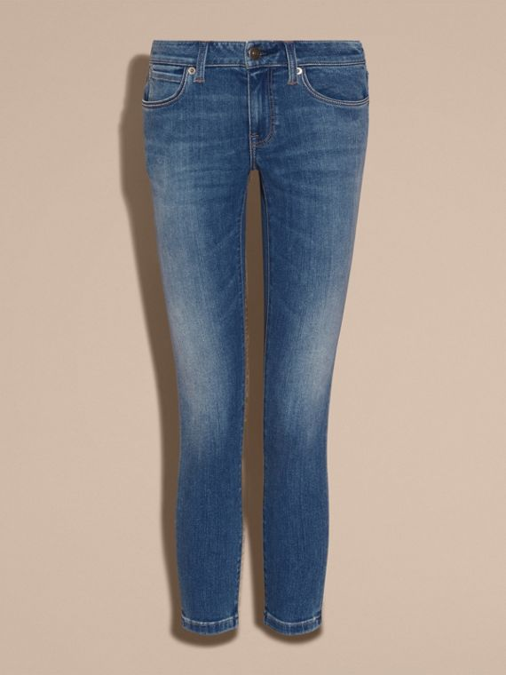 Skinny Fit Low-rise Cropped Jeans in Mid Indigo - Women | Burberry - cell image 3