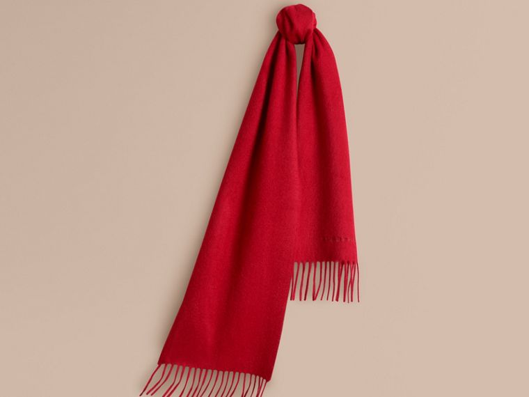 The Mini Classic Cashmere Scarf in Parade Red | Burberry Canada - cell image 4