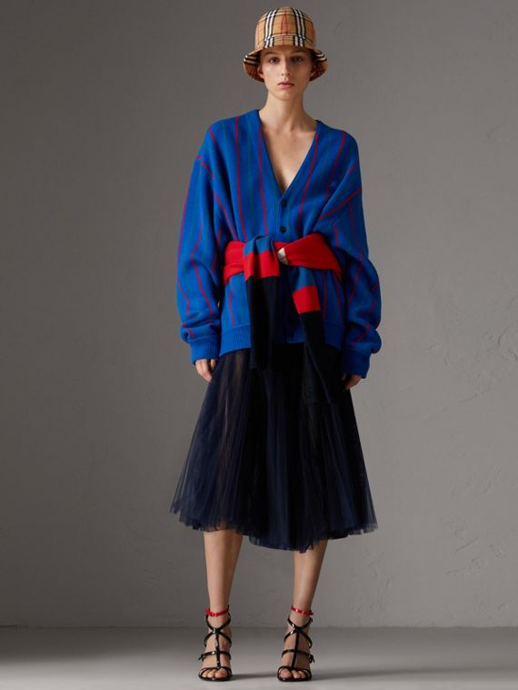 Cardigan in lana a righe riproposto (Royal Blue)