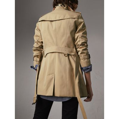 Prächtig The Sandringham – Kurzer Trenchcoat (Honiggelb) - Damen | Burberry &VV_31