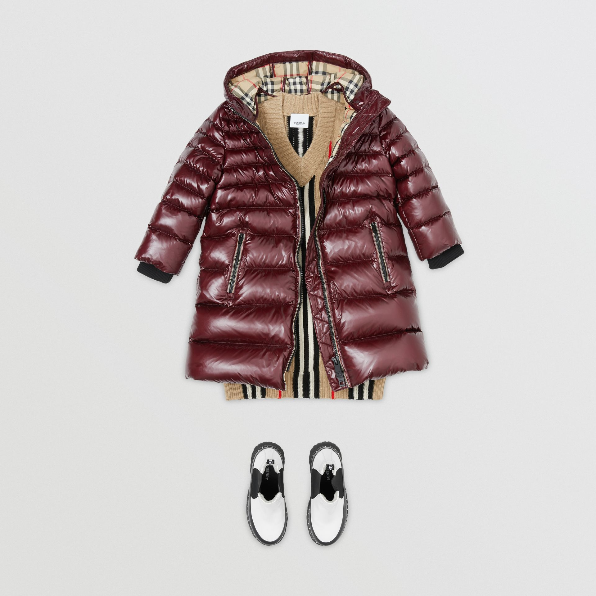 Icon Stripe Detail Down-filled Hooded Puffer Coat in Burgundy | Burberry Australia - gallery image 2
