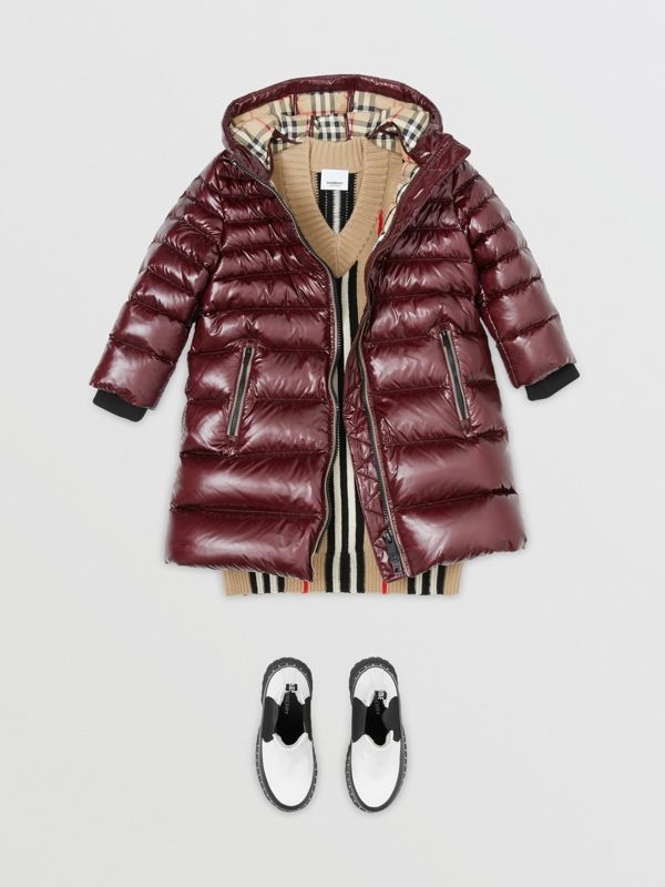 Icon Stripe Detail Down-filled Hooded Puffer Coat in Burgundy | Burberry - cell image 2