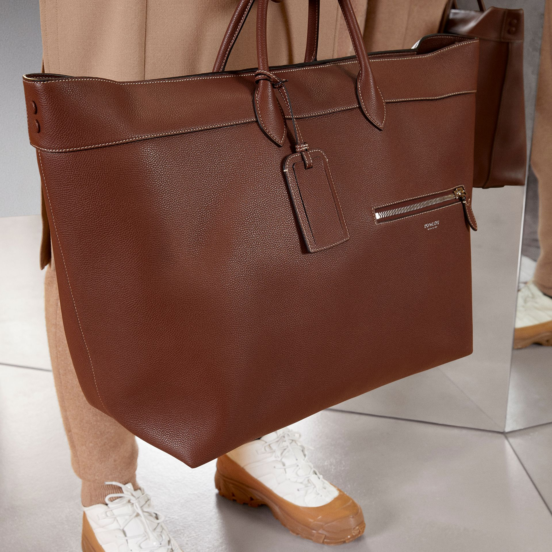 Grainy Leather Holdall in Tan - Men | Burberry Canada - gallery image 1