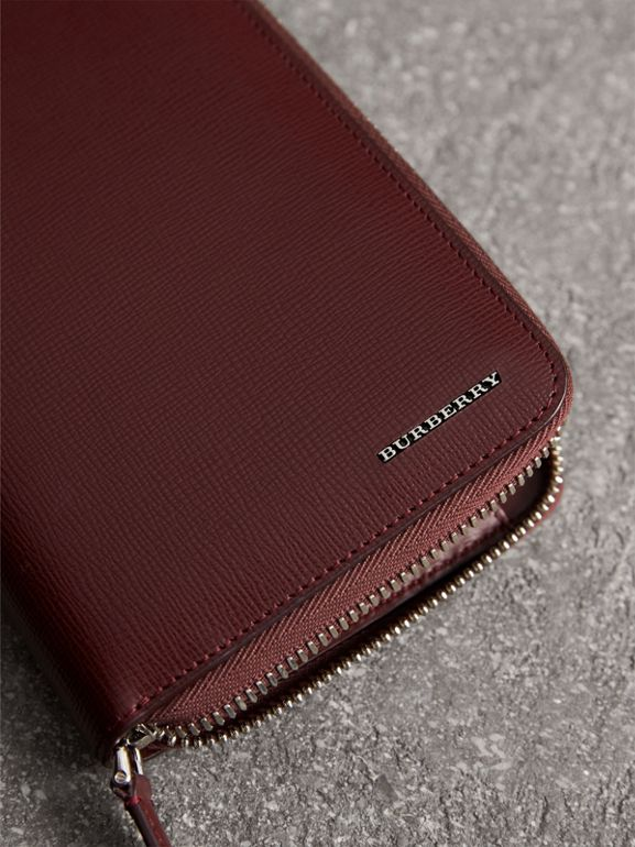 London Leather Ziparound Wallet in Burgundy Red | Burberry Singapore - cell image 1