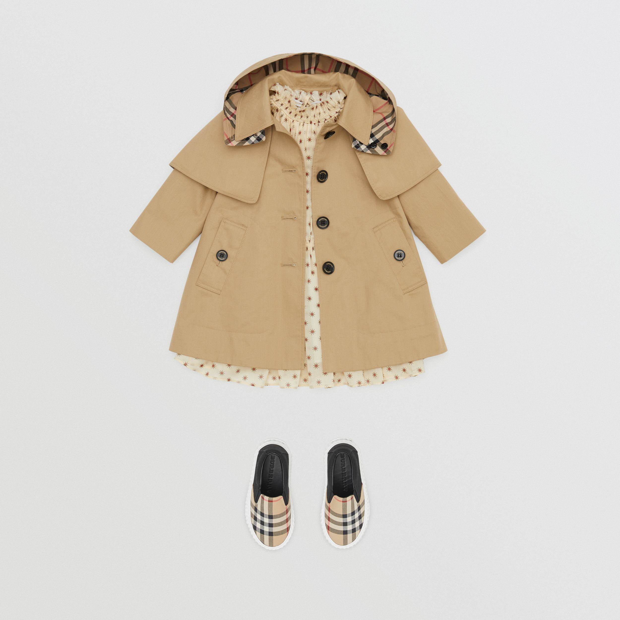 Detachable Hood Water-resistant Cotton Swing Coat in Honey - Children | Burberry - 3