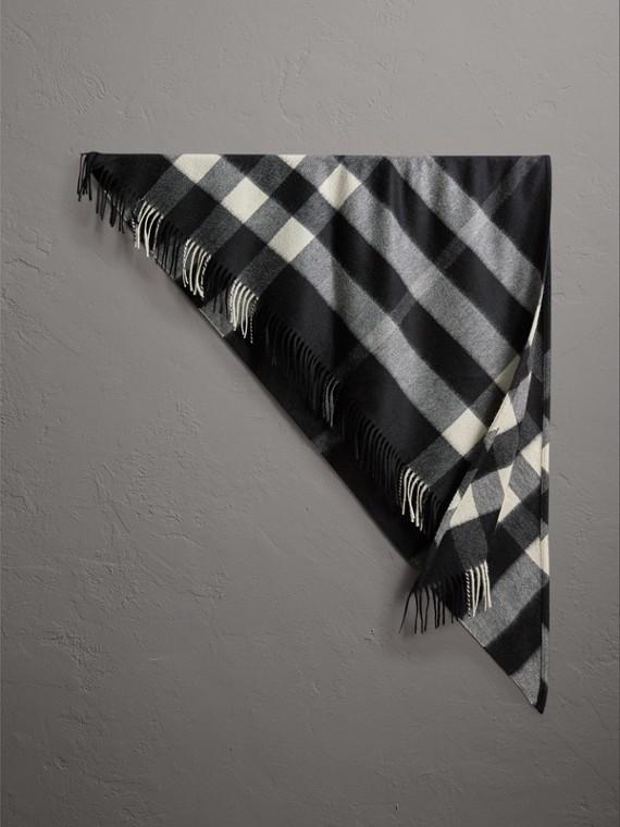 The Burberry Bandana 格紋喀什米爾圍巾 (黑色)