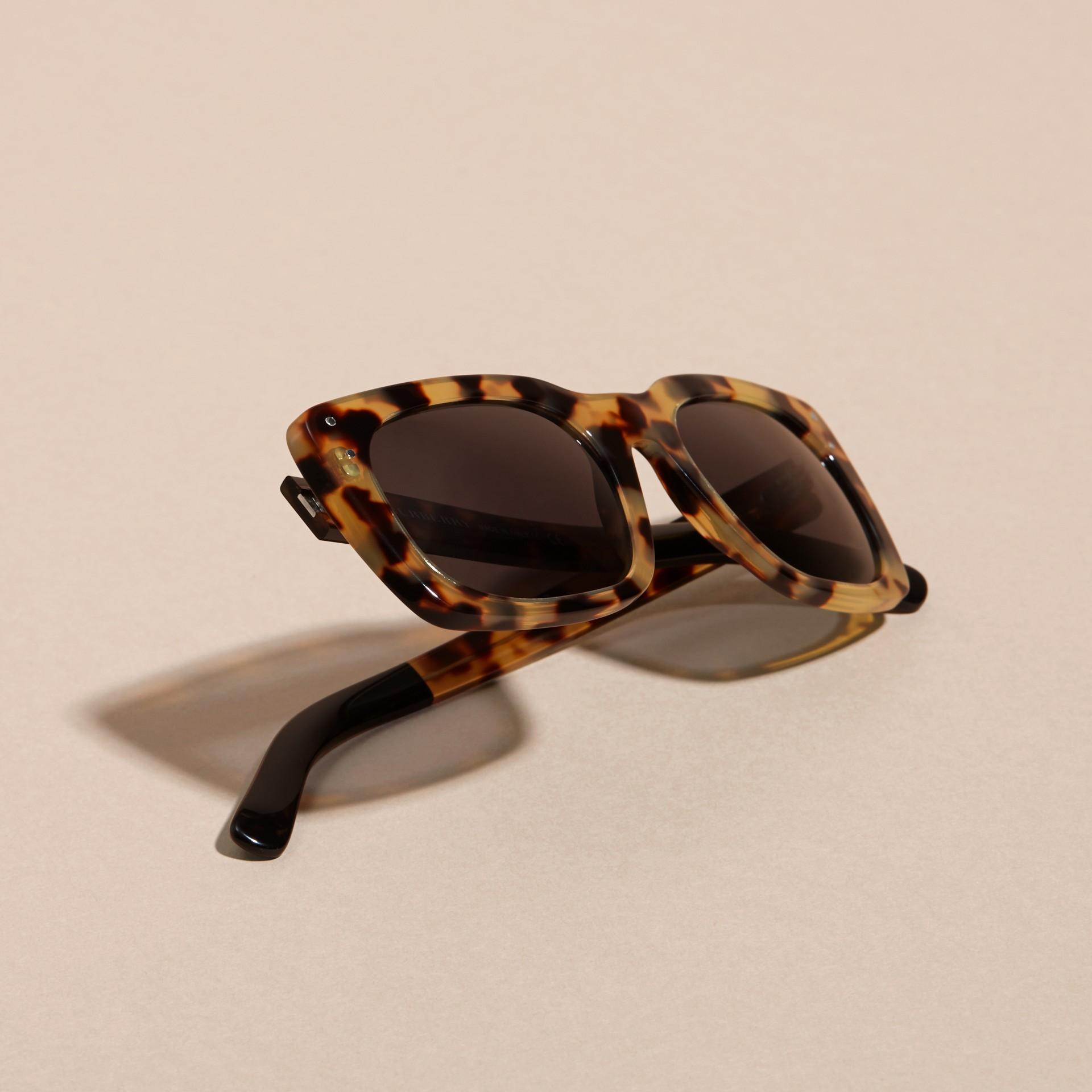 Ambra tartarugato Occhiali da sole con montatura quadrata Ambra Tartarugato - immagine della galleria 5