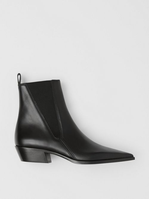 BURBERRY Leather Po